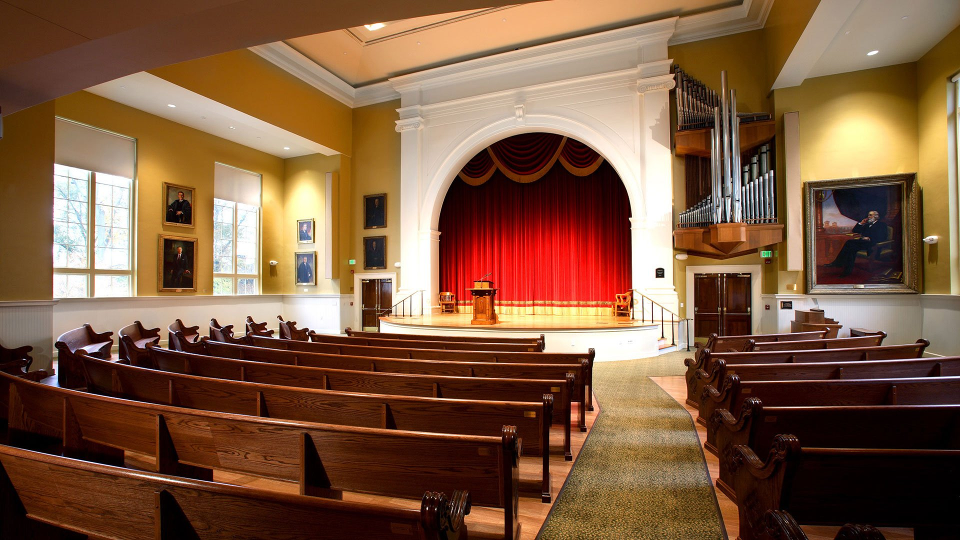 Wofford College, Old Main, Leonard Auditorium